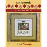 Bent Creek Stickvorlage June Zooms mit Charms