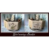 Girl Sewing Basket - Stickvorlage Nikyscreations