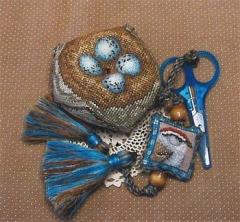 Chipping Sparrow Biscornest - Stickvorlage Crossed Wing Collection